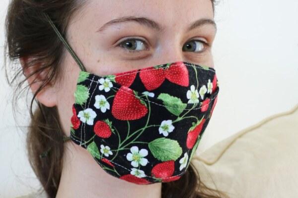Strawberry-Mask-Small